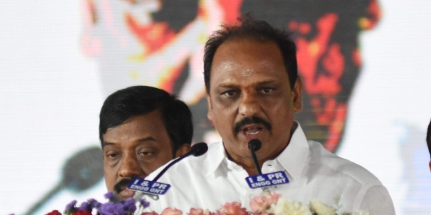 YSRCP minister in Anantapur district faces bitter experience