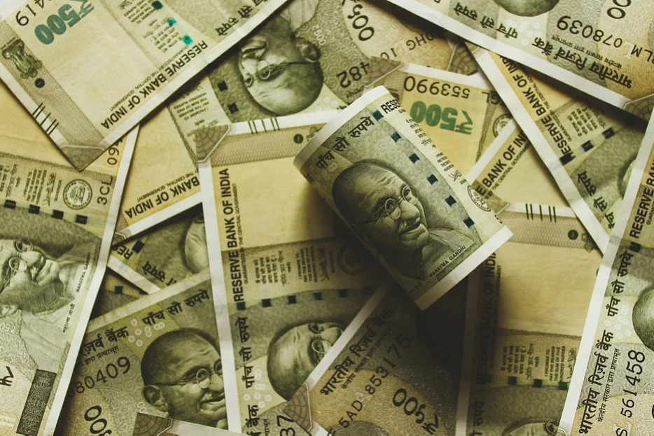 13 States Ready to Take Loan from RBI