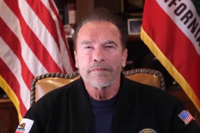 Arnold Called Trump is Waste Fellow Video Viral