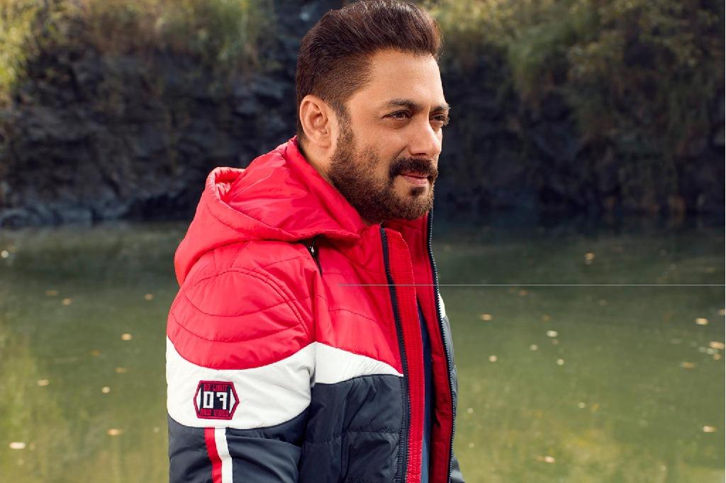salman khan goes to home quarantine