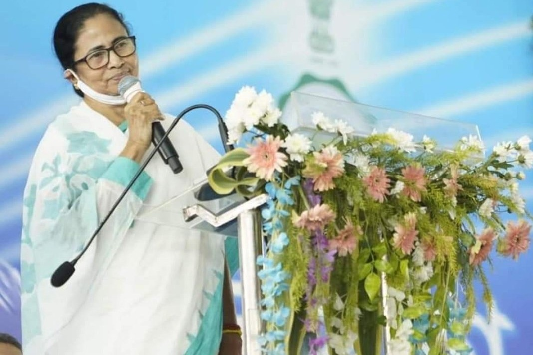 Mamata Banarjee proposes four rotating capitals for country