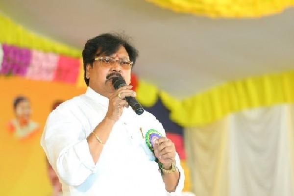 Varla Ramaiah questions AP CM Jagan over official reviews