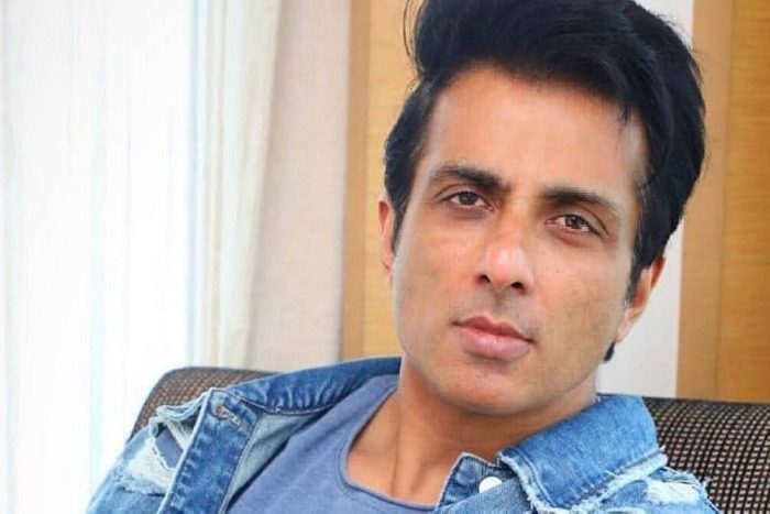 Sonu Sood is Now Top 4 in Twitter