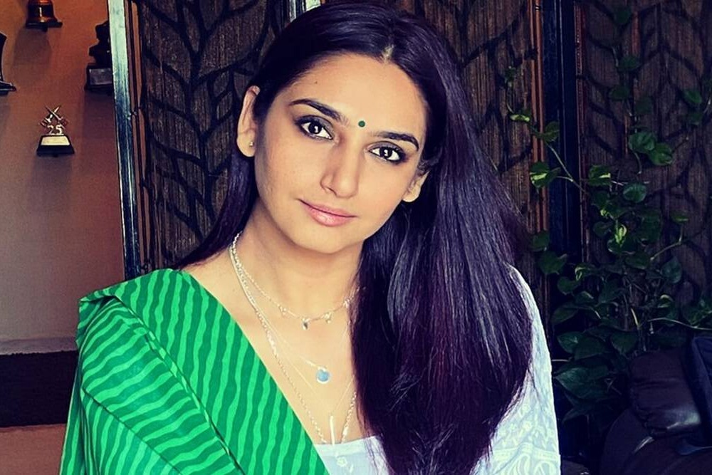 ragini emotional comments on her situation