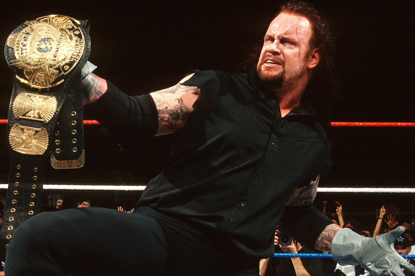 WWE fellow wrestlers sendoff to the legendary Undertaker