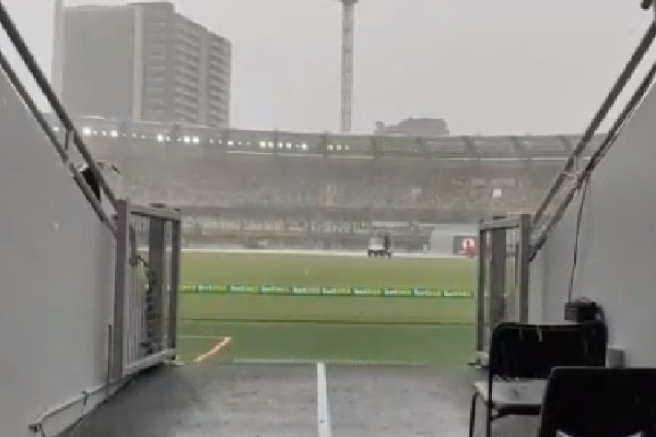 Rain stopped India and Australia test match