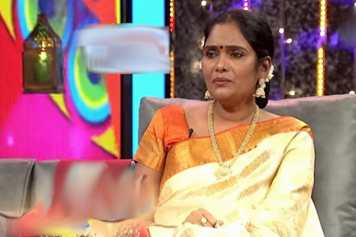 Old heroine Archana appears in a interview