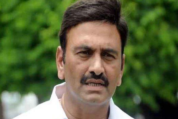Raghu Rama Krishna Raju fires on police