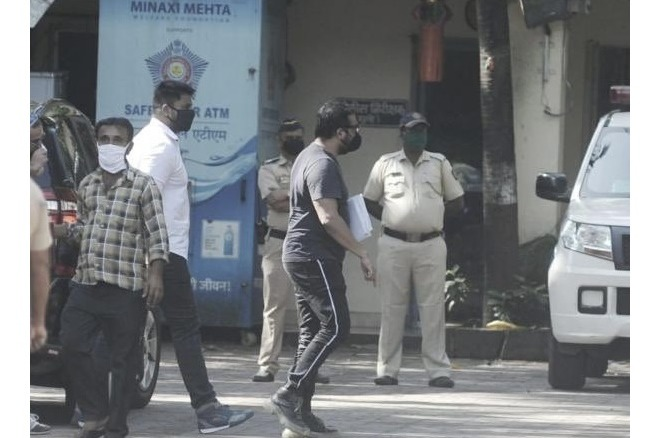 Anurag Kashyap reaches Versova Police station in Mumbai to appear before the police