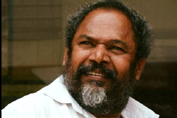 Tollywood film maker Narayanamurthy makes Rythu Band film on agriculture laws