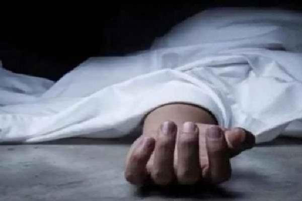 Ex Minister Bandaru Satyanarayana murthy car driver Suicide