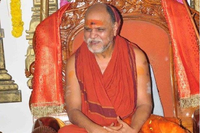 Swami Swaroopanandendra calls Telugu people to ring temple bells during Bhumi Poojan at Ayodhya