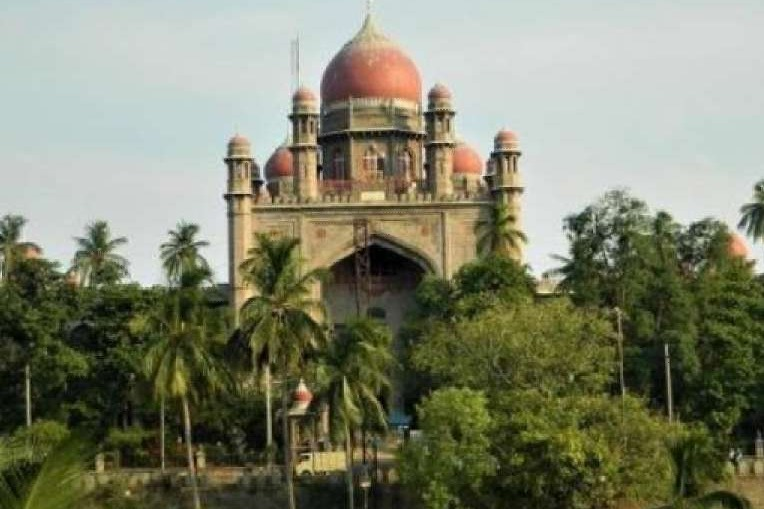 High Court orders government to conduct corona tests in Gandhi Hospital