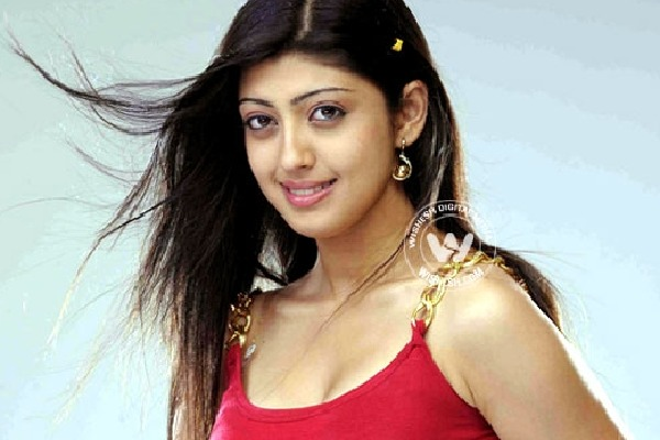 Actress Praneetha donates 1 lakh for Ayodhya Ram Mandir