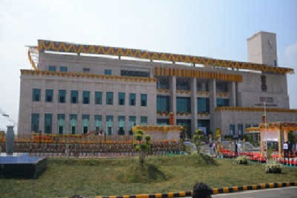 Highcourt of AP Comments on Jagan Religion