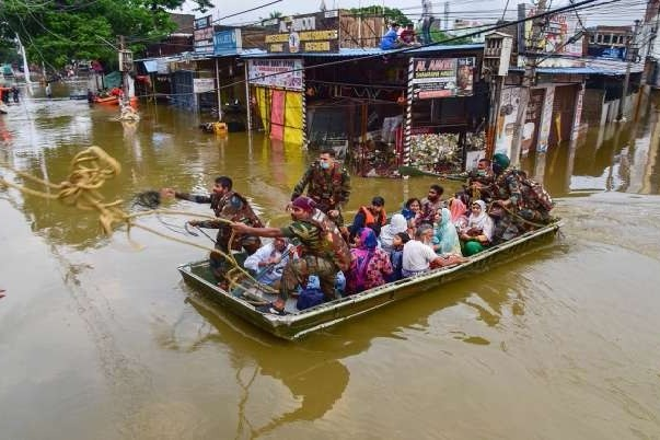 Relief Operations Continue in Hyderabad as Sun Comes Out