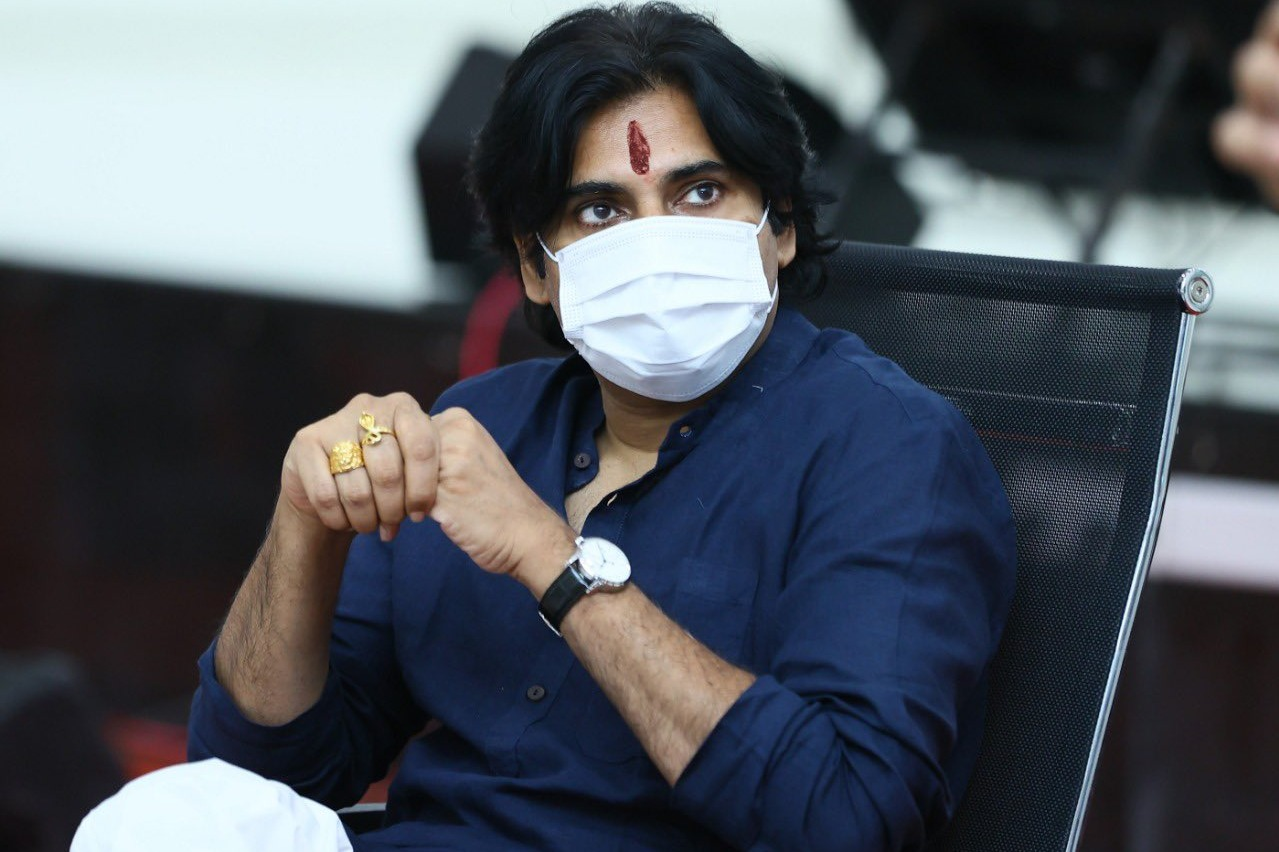 Is Pawan movie not for Sankranthi anymore