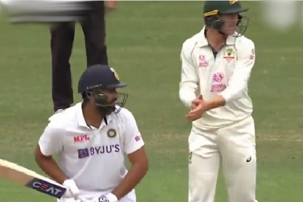Aussies cricketer comments on Rohit Sharma and Shubhman Gill while batting