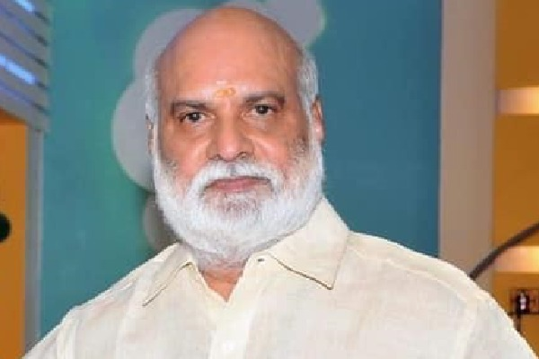 K Raghavendra Rao to play as retired employee