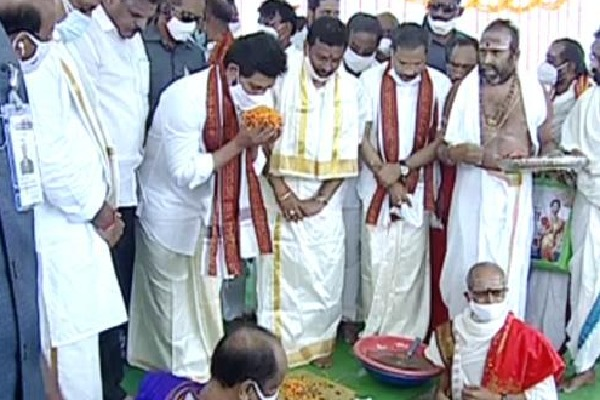 Jagan performs Bhumi Pooja for reconstruction of 9 temples