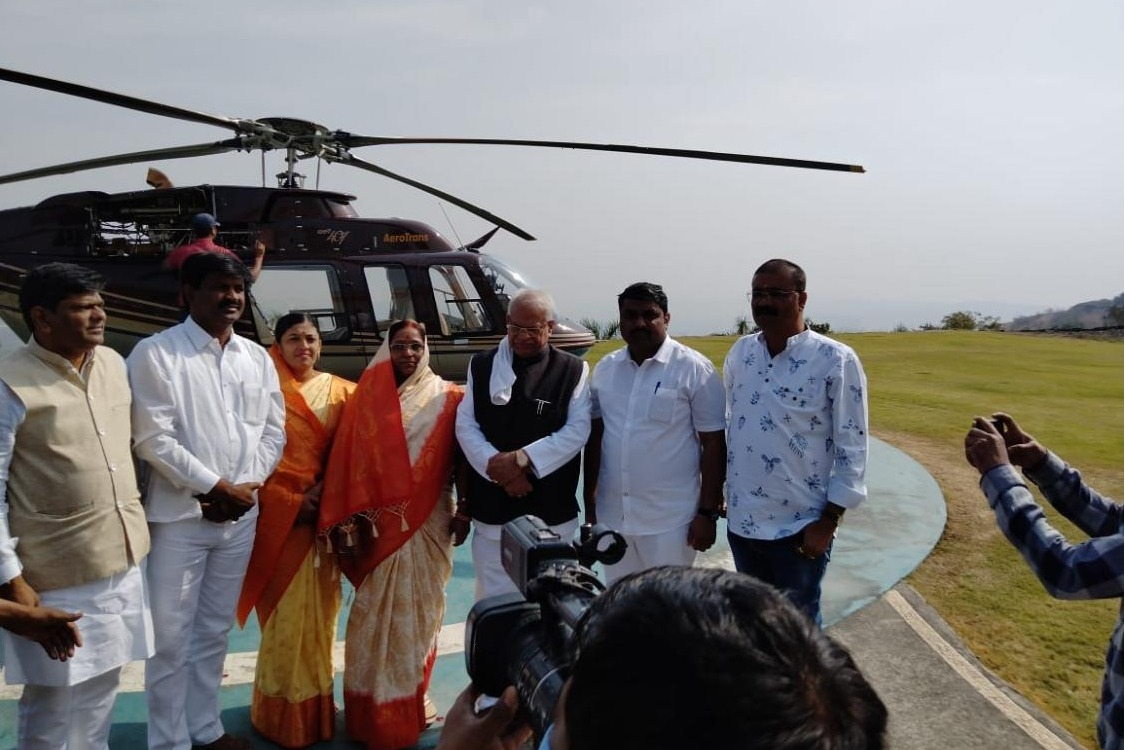 Surpanch winner came in helicopter for oath taking