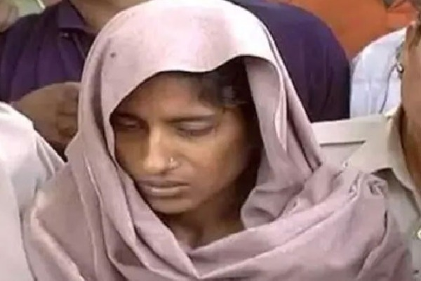 Shabnam who axed kin to death for love likely to be first woman hanged in independent India