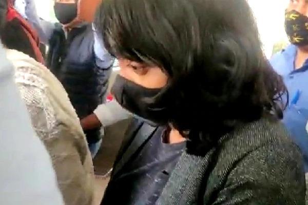 Stop Media LeaksDisha Ravi Plea To Delhi High Court