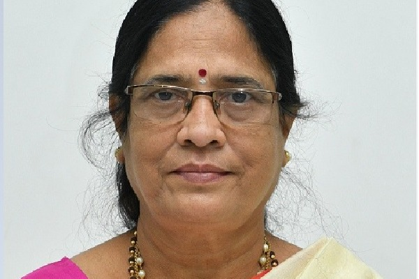 TRS candidate Surabhi Vanidevi returns without files her nomination in Telangana graduate mlc elections