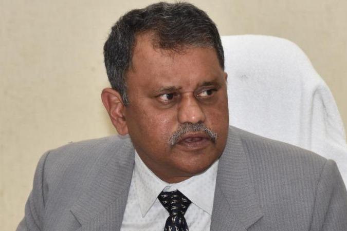SEC Nimmagadda Ramesh meets Governor