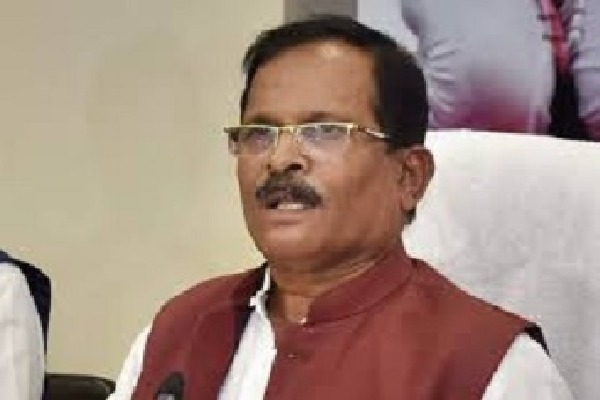 Central Minister Sripad Naik Comments on Allopathi Doctors Surgeons