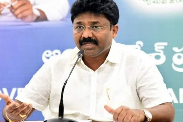 AP Education Minister Adimulapu Suresh condemns false news about schools closure