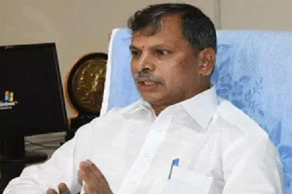 Tulasi Reddy comments on Ration Door Delivery scheme
