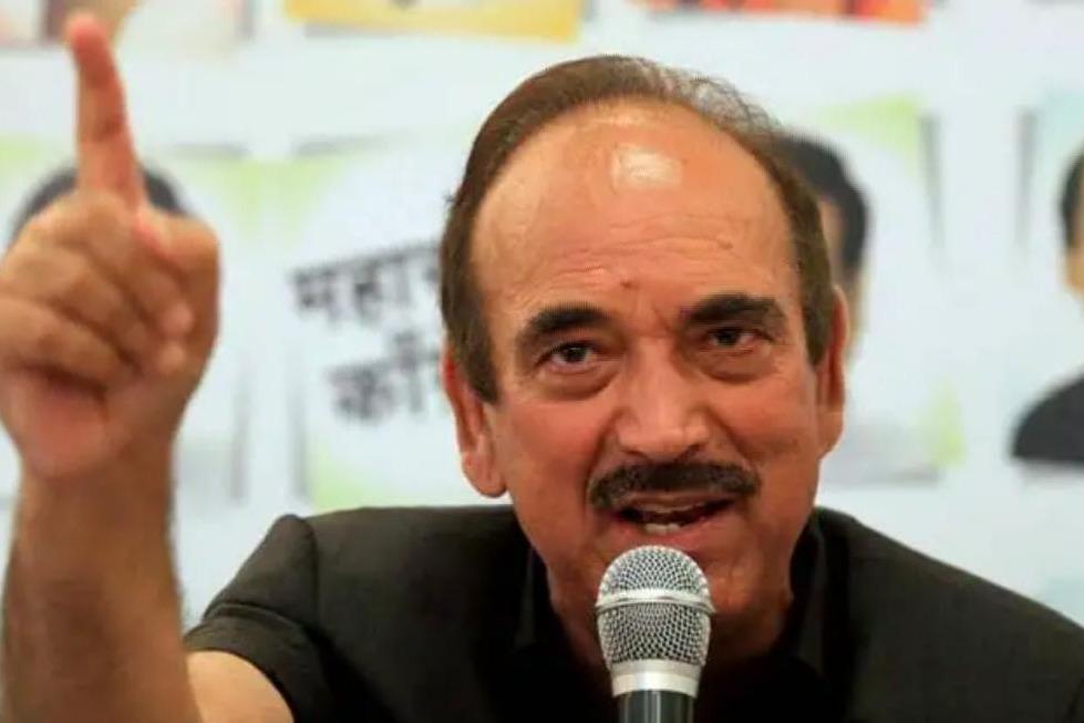 Close sources said Azad did not praise PM Modi