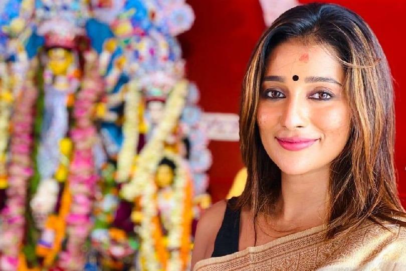 Bengal cine actress Sayantika Banarjee joins TMC
