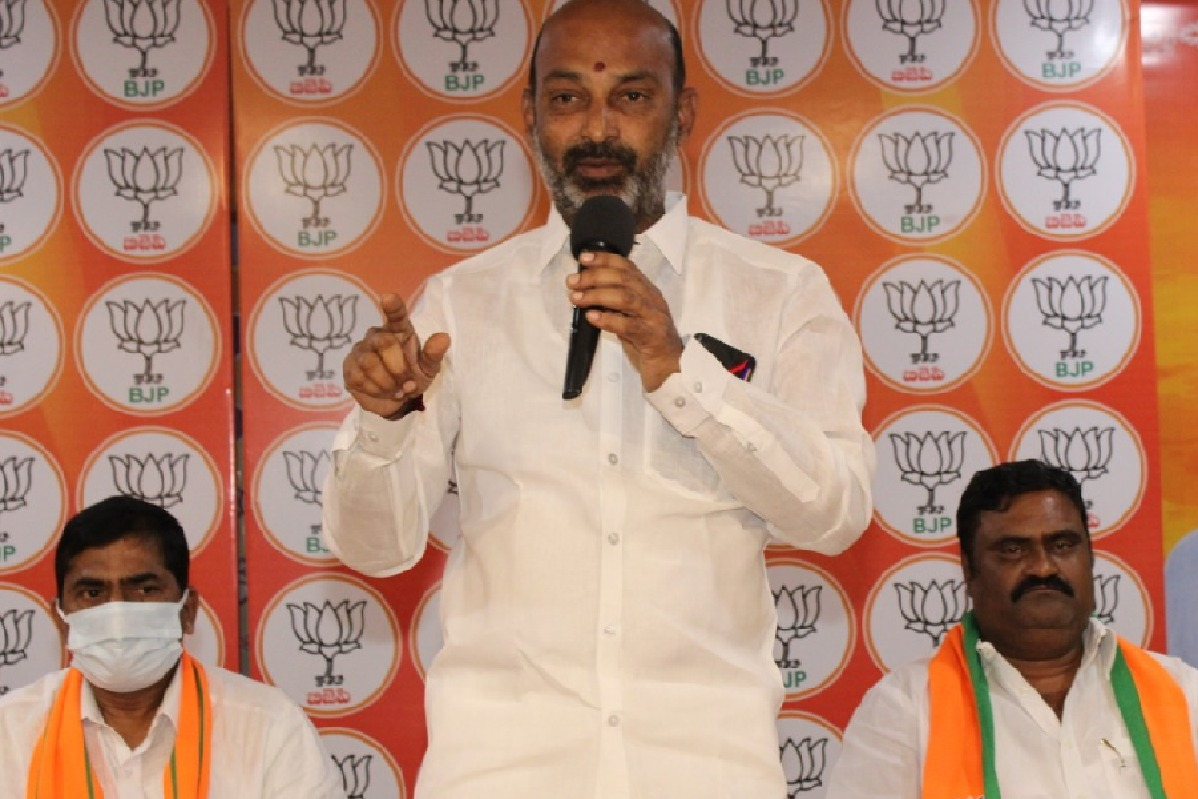 Telangana BJP Chief Bandi Sanjay warns TRS leaders