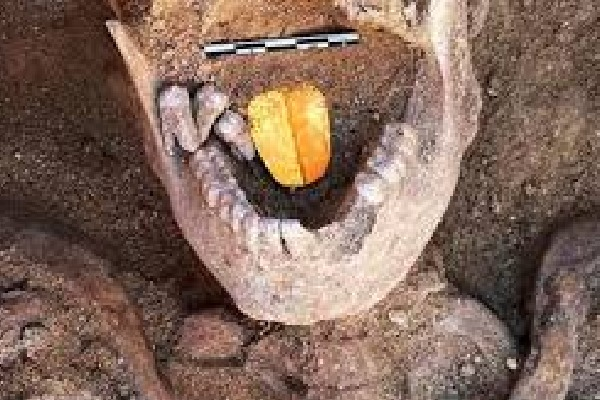 Egyptian mummies with golden tongues found in Alexandria