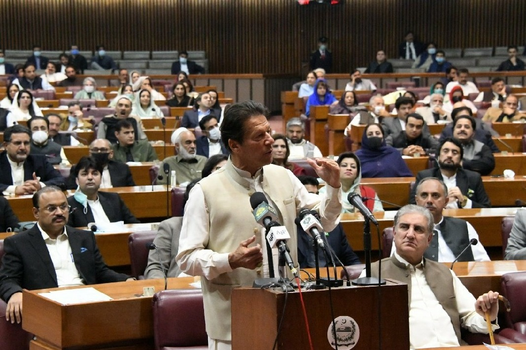 Pakistan PM Imran Khan wins vote of trust in national parliament lower house