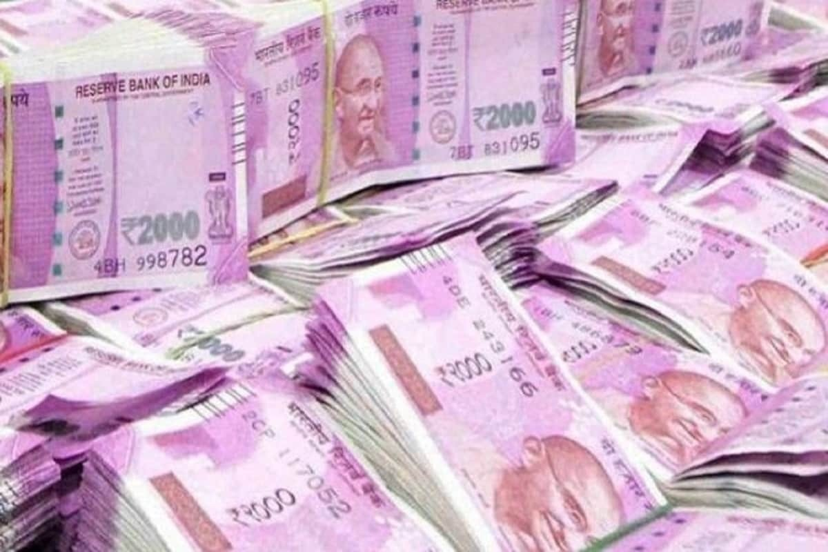 Undisclosed Income Worth Rs 1000 Crore Found In Tamil Nadu Tax Raids