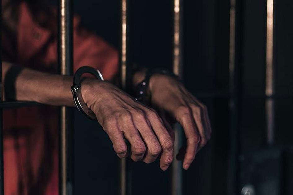 8 remand prisoners got infected to corona in rajamahendravaram central jail