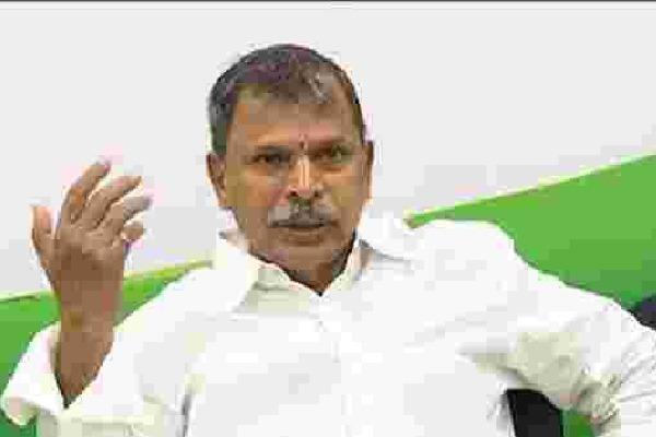 Congress leader Tulasireddy Fires on Modi jagan and babu