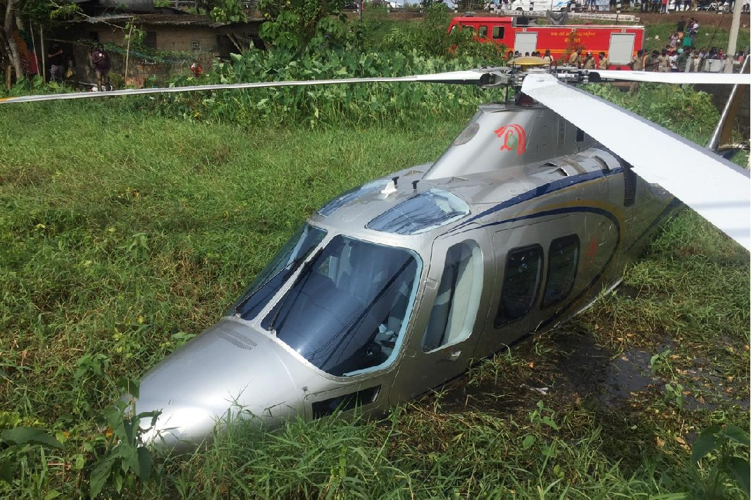 Lulu group MD Yousuf Ali escapes from helicopter accident
