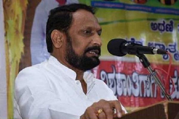 War of words between Maharashtra and Karnataka