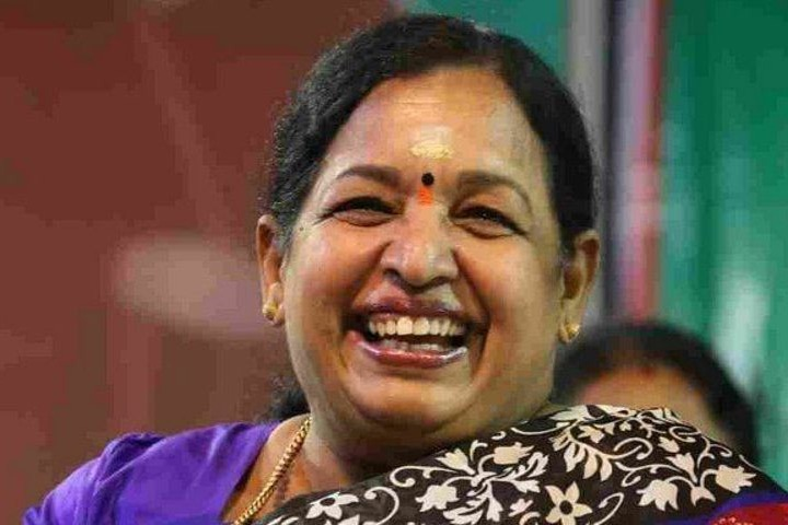 once sasikala comes aiadmk will go into her hands says saraswathi