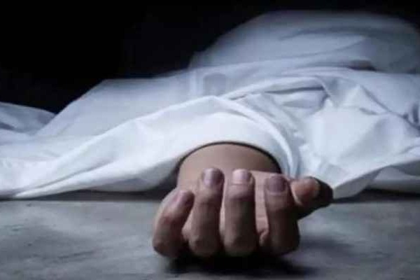 man suicide after loss Rs 12 lakhs in online games