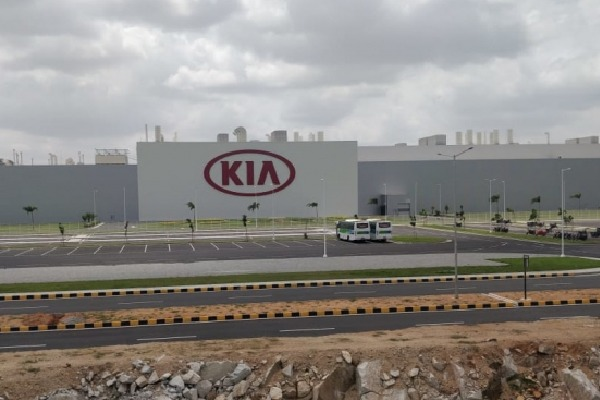 Corona enters KIA Motors plant as on of its employees tested corona positive