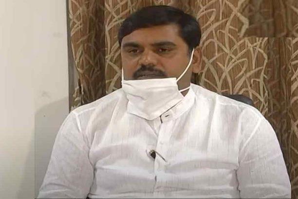 Kodali Nani shoud be arrested demands Vishnu Vardhan Reddy