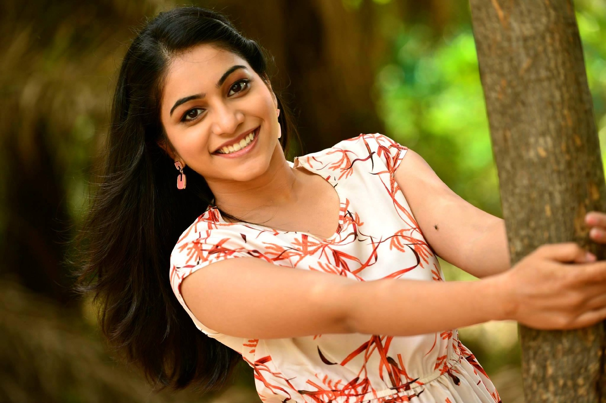 Big Boss contestant Punarnavi announces her marriage