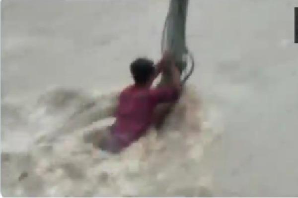 Youth struck in flash flood in Karnataka