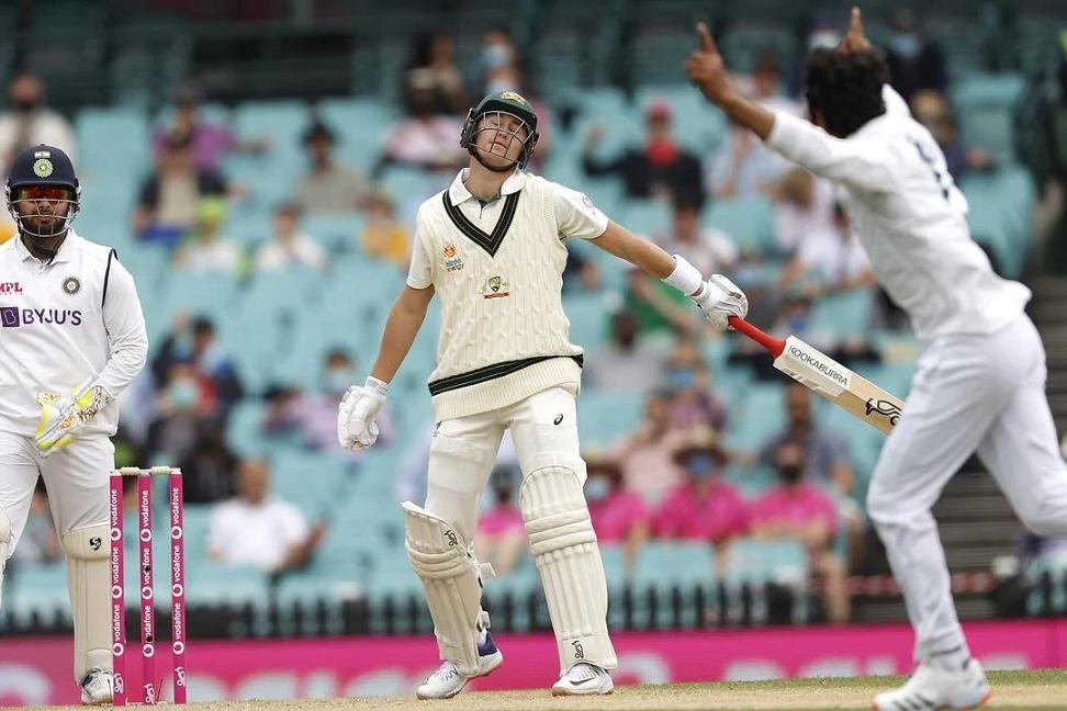 Australia Going Strona in Brisbane Test