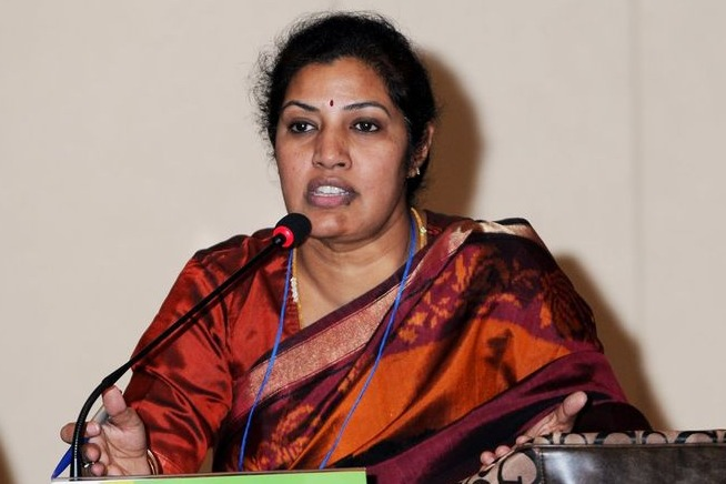 Purandeswari asks did Vellampalli not fight along with charities while he was in BJP
